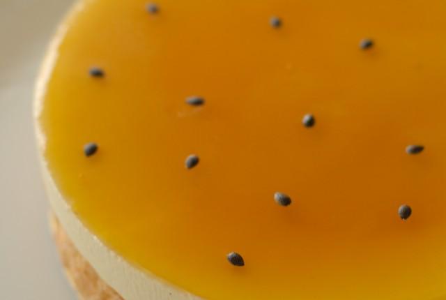 パッションフルーツのショートケーキ